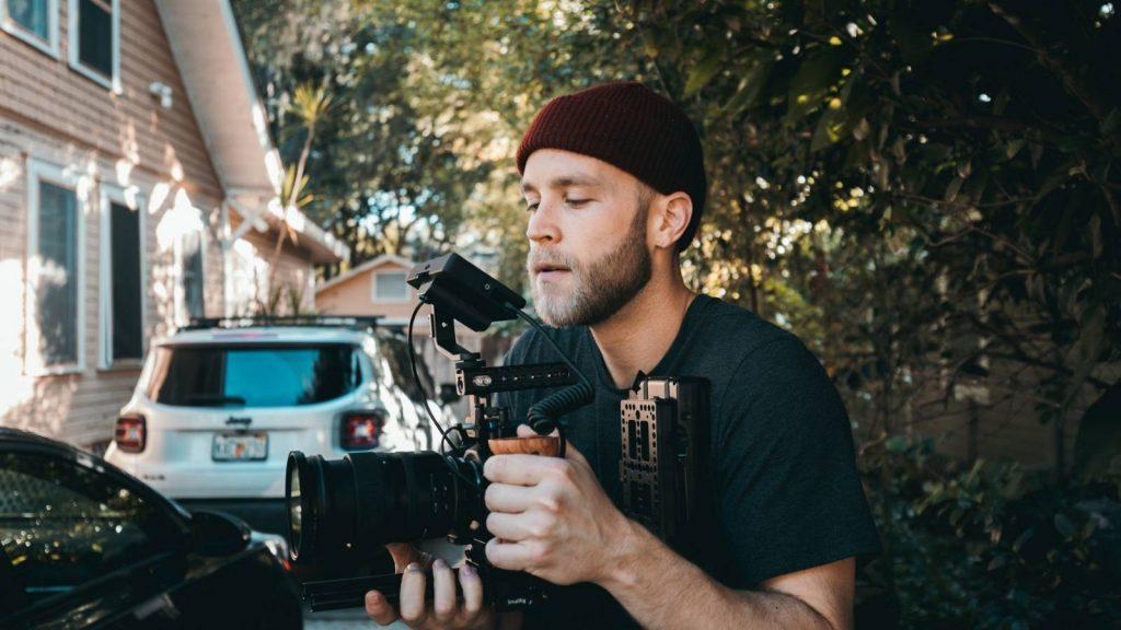 Video content marketing: videomaker alle prese con la registrazione di un video
