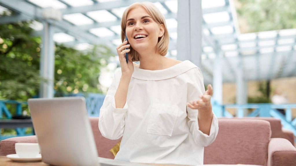 Cos'è un lead: cliente felice del suo acquisto